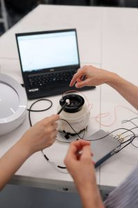 How to become an electrical engineer?